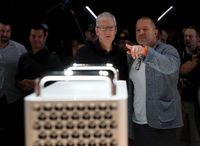 Mengejutkan! Jony Ive, Sang Perancang iPhone Cabut dari Apple
