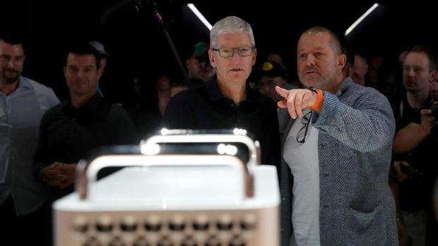Frustasi Pada Tim Cook Bikin Jony Ive Hengkang dari Apple?