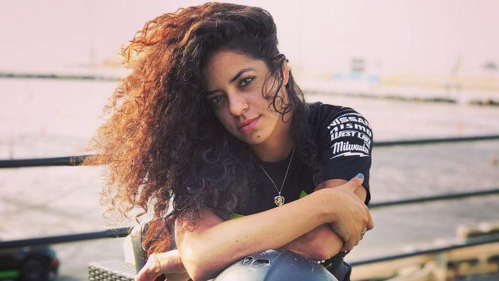 Foto: Kerennya Noor Daoud, Pembalap Drift Wanita Pertama dari Palestina