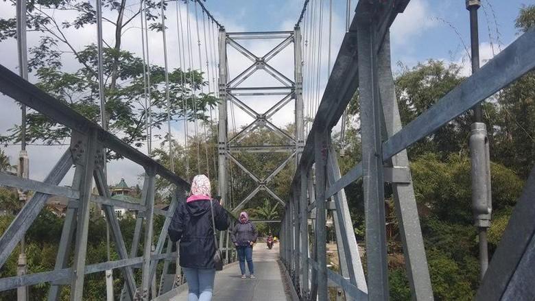Ini Lho Jembatan Jokowi Yang Ngehits di Magelang