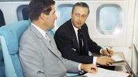 Bahkan saat Boeing 747 pertama meluncur di tahun 1970-an, hiburan berupa film adalah fitur yang dipilih maskapai (AirlineRatings.com/CNN)