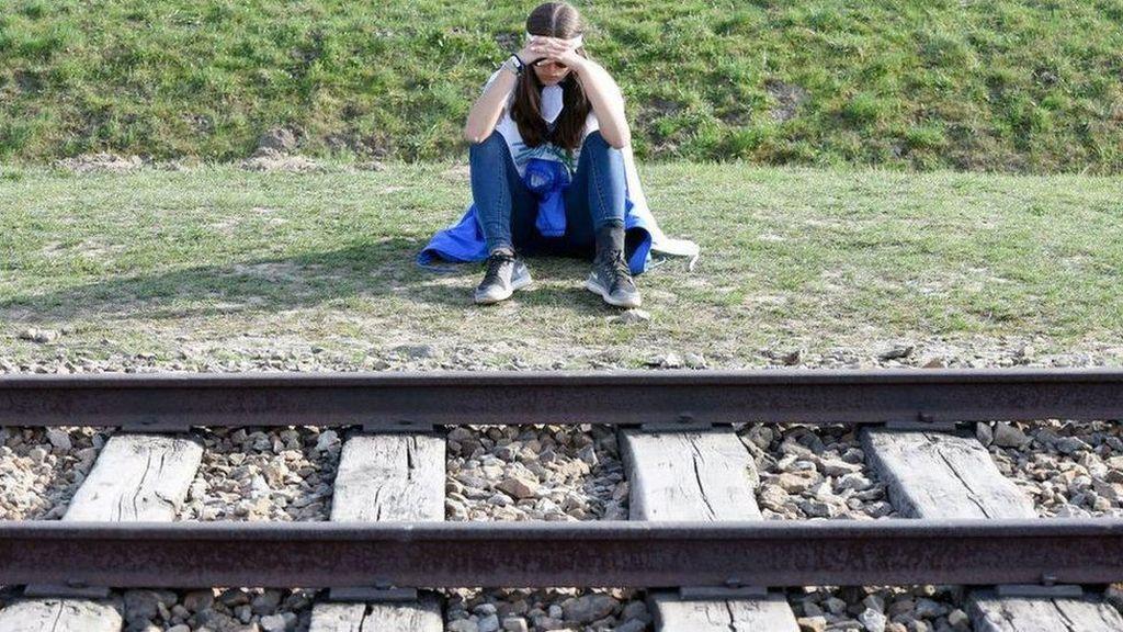 Perusahaan Kereta Api Belanda Bayar Kompensasi Korban Holokos, Mengapa?
