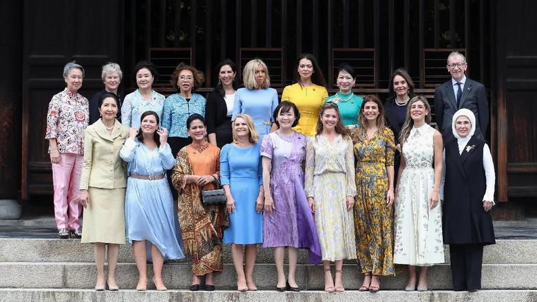 Momen Iriana Jokowi Foto Bersama Istri Para Presiden di KTT G20