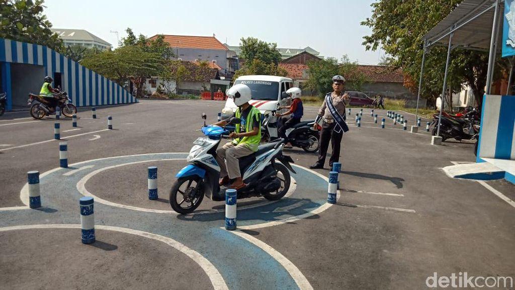 Prosesnya Rumit, Valentino Rossi Sekalipun Tak Mungkin Bisa Dapat SIM C di Indonesia