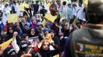 Aksi Bendera Kuning di Depan Komnas HAM