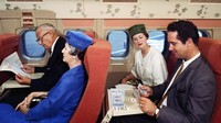 Hingga sampai awal 1960-an bahwa fasilitas menonton film baru disadari sebagai layanan penting dalam sebuah penerbangan (AirlineRatings.com/CNN)