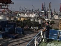 Impor dari China Turun, Tapi Ekspor Masih Loyo