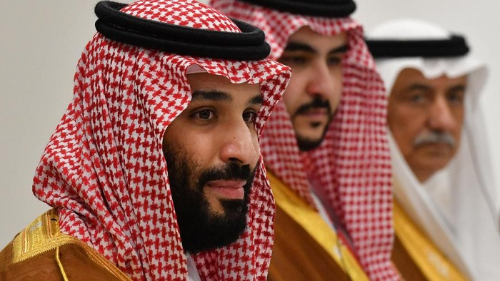 Saudi Arabias Crown Prince Mohammed bin Salman attends a meeting with Russias President Vladimir Putin on the sidelines of the G20 Summit in Osaka, Japan June 29, 2019. Yuri Kadobnov/Pool via REUTERS