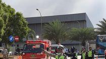 Kebakaran Pabrik Plastik di Jababeka Akhirnya Padam Setelah 5,5 Jam