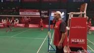 Ratusan Atlet Muda Bulutangkis Ikuti Coaching Clinic di GOR Djarum Magelang