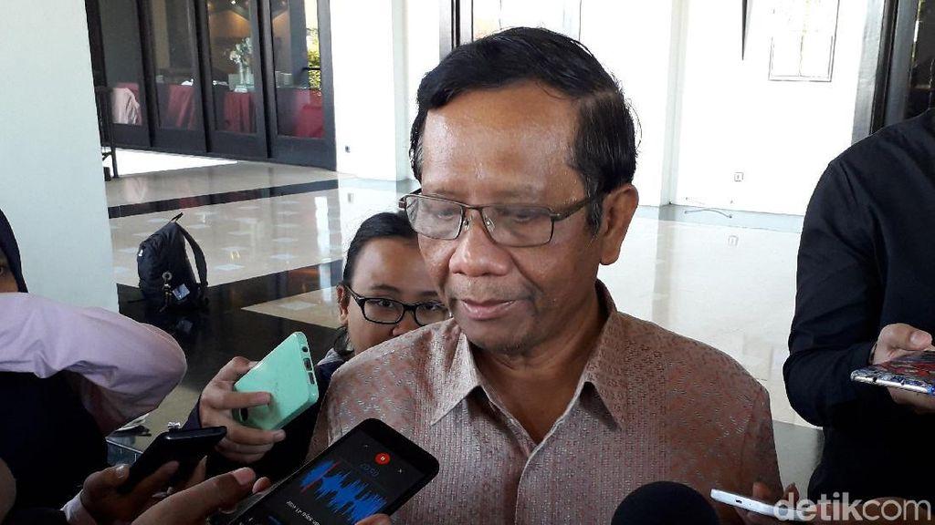 Mahfud MD: Amnesti Jalan Paling Dekat untuk Selamatkan Baiq Nuril