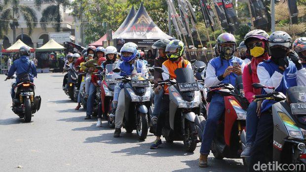 City touring diikuti oleh puluhan motor MAXI Series Yamaha