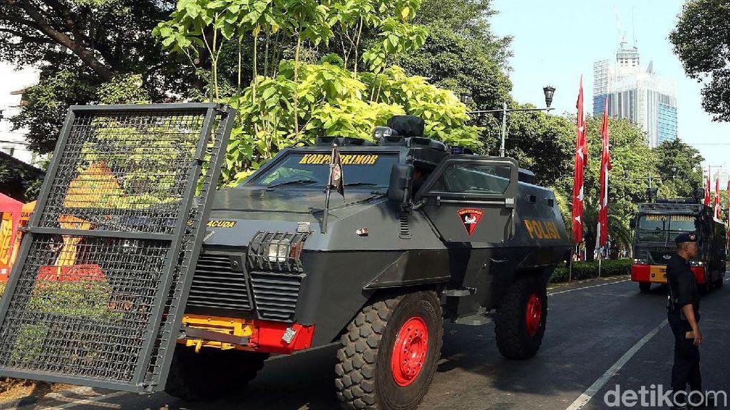 Potret Pengamanan Gedung KPU Jelang Penetapan Presiden Terpilih