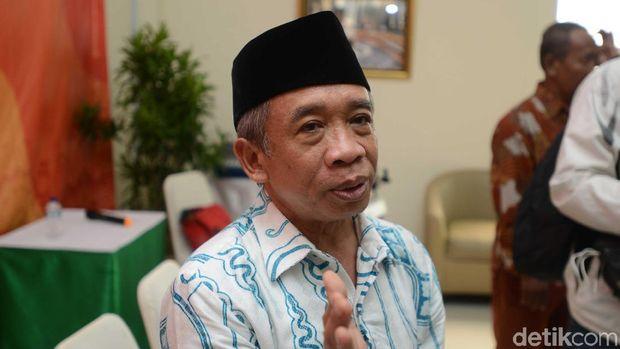 Tersangkut Kasus Dugaan Ijazah Bodong, Qomar Mengundurkan Diri dari UNJ
