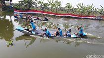 Mengintip Serunya Lomba Dayung Perahu Tradisional di Lamongan