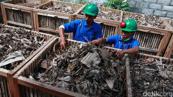 Dalam rangka membantu mengatasi masalah sampah di Provinsi Bali, PT Indonesia Power mulai mengembangkan sampah menjadi bahan bakar energi listrik.
