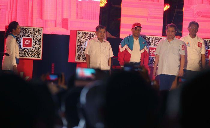 JK resmi meluncurkan LinkAja pada pukul 19.00 WIB di Gelora Bung Karno (GBK) Senayan, Jakarta, Minggu (30/6/2019).