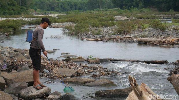 Bendungan Lekopancing, Maros, Sulawesi Selatan (Sulsel) mengering.