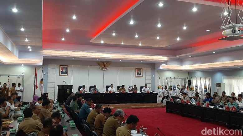 Wiranto Pimpin Rakor Bahas Rekonstruksi Pasca-Bencana Gempa Sulteng