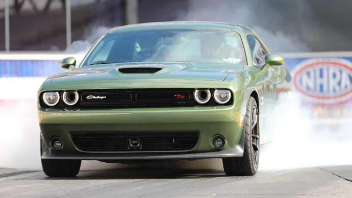 Kini di Dodge Charger dikabar tidak lagi terlalu mengandalkannya, karena motor listrik bakal jadi pilihan barunya. Foto: Pool (Autoevolution)