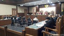 Sidang Suap Eks Direktur KS, Jaksa KPK Tanya Biaya Entertain