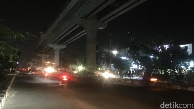 Sudah 3 Hari, Jalur LRT Palembang Kembali Gelap Gulita
