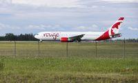 Pesawat di Kanada Mendarat Darurat Gara-gara... Durian