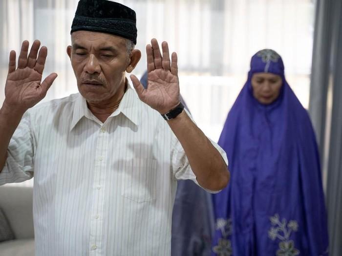 Niat Tata Cara Sholat Maghrib Lengkap Bacaan Doa Dzikir Sesudah Sholat Arab Latin Terjemah Halaman All Sriwijaya Post