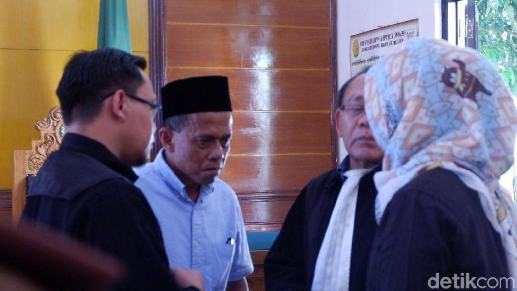 Kuasa Hukum Tika dan Priyanto Minta Satgas Tak Berhenti Ungkap Mafia Bola