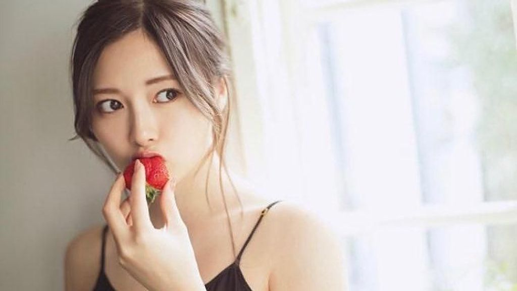Ini Mai Shiraishi, Idol Tercantik Jepang Anggota Girlband Saingan AKB48