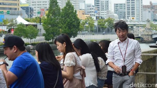 Udara yang bersih dan pemandangan yang asri jadi kombinasi sempurna menemani santap siang traveler di Kota Osaka. (Dana Aditiasari/detikcom)