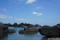 Tanjung Tinggi, Pantai Ikonik Bumi Laskar Pelangi
