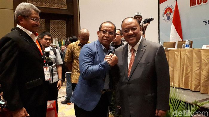 Marciano Norman (kanan) terpilih sebagai Ketum KONI Pusat 2019-2023 (Mercy Raya/detikSport)