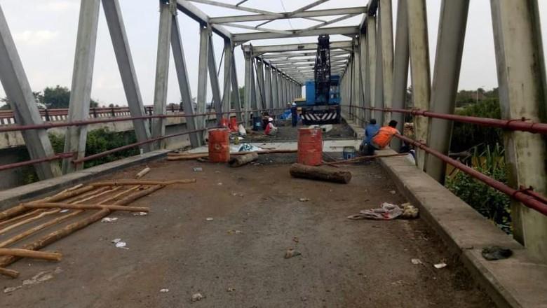 Perbaikan Jembatan Sumsel-Lampung yang Putus Ditarget Selesai Pekan Ini