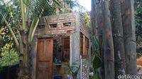 Ngopi Asyik dan Nyaman di Joglo Warung Kopi 'Omah Mbahrowo'