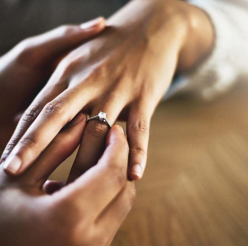 Umur Ideal untuk Menikah Menurut BKKBN, UU Perkawinan dan Islam