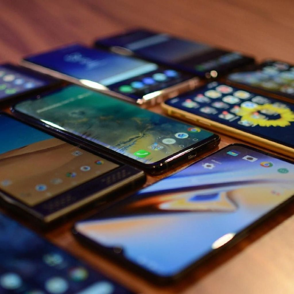 Beli Smartphone di Online Lebih Murah Dibanding Toko Resmi, Kenapa?