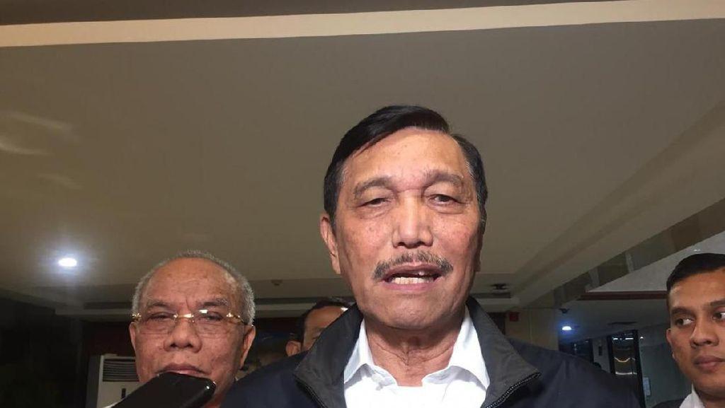 Ngobrol Berdua dengan Jokowi soal Garam, Luhut: Impor Bikin Kacau!
