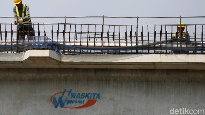 Progres pembangunan Tol Becakayu seksi 2A sudah mencapai 44%. Rencananya proyek tersebut bakal rampung pada Agustus 2019.