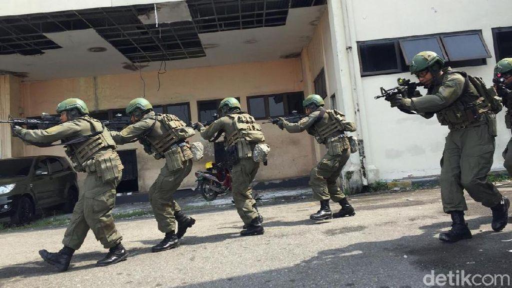 TNI AU dan Militer AS Latihan Bareng Perang Hutan dan Kota di Medan