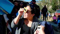Ini Alasannya Lihat Gerhana Matahari Cincin Harus Pakai Kacamata Khusus