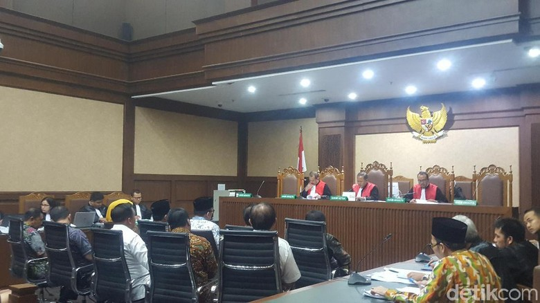 Jaksa KPK Cecar Pengurus PPP: Rommy Bisa Urus Jabatan di Kemenag?