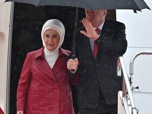 Serukan Boikot Produk Prancis, Presiden Turki Diminta Bakar Tas Hermes Istri