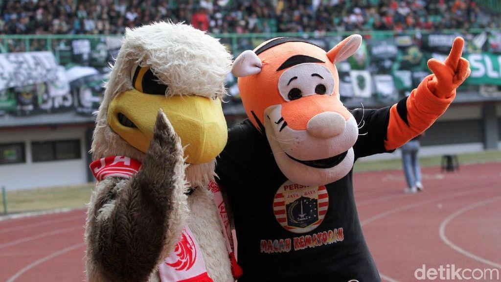Macan dan Elang di Laga Persija Vs PSS Sleman