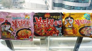 Mencicip Mie Instan Korea dan Jepang Populer yang Bersertifikat Halal MUI