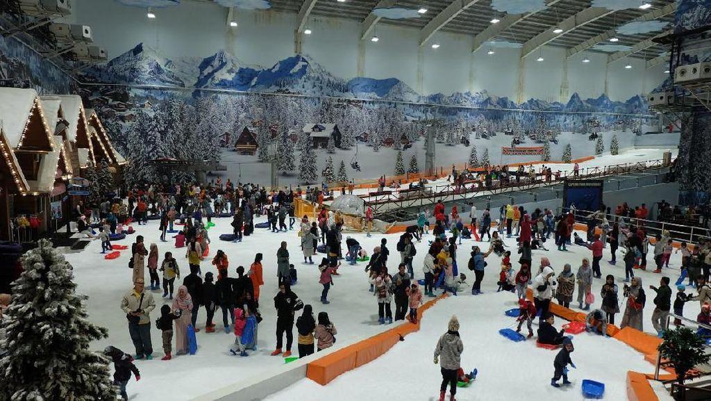 Libur Lebaran 2019, Trans Snow World Dipadati 24 Ribu Pengunjung