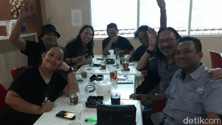 Mantan Vokalis Boomerang Ramaikan Bursa Cawali Surabaya