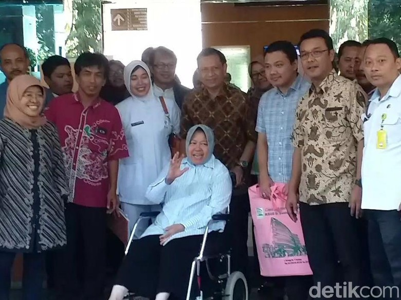Keluar dari Rumah Sakit, Risma Ucapkan Terima Kasih ke Warga