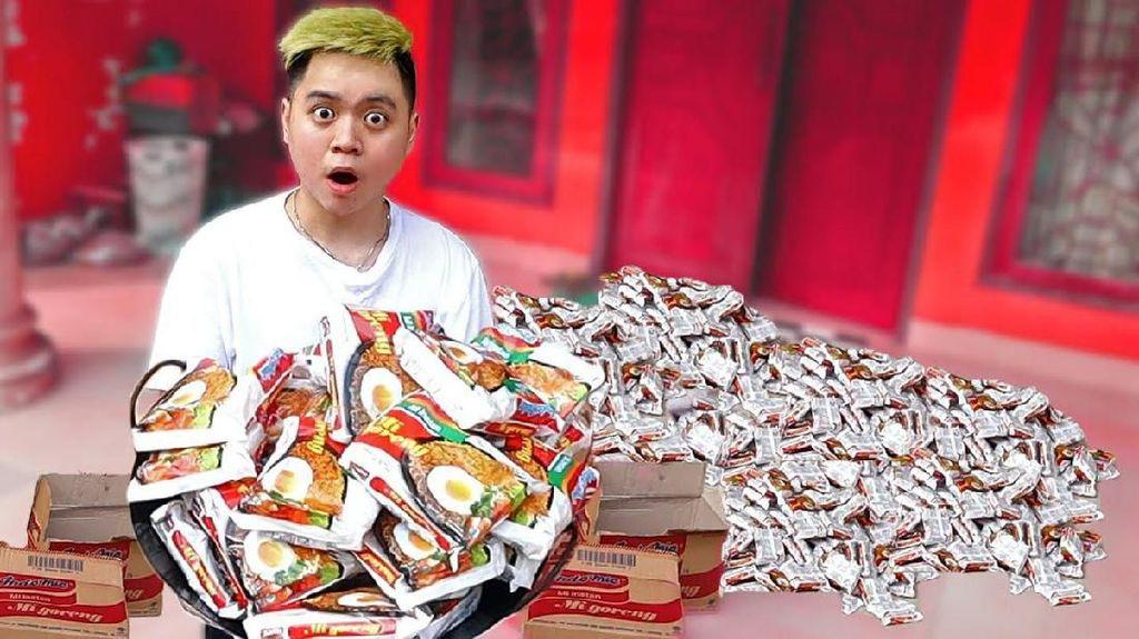 Masak 200 Bungkus Mie Instan hingga Mahasiswi Berantakkan Makanan