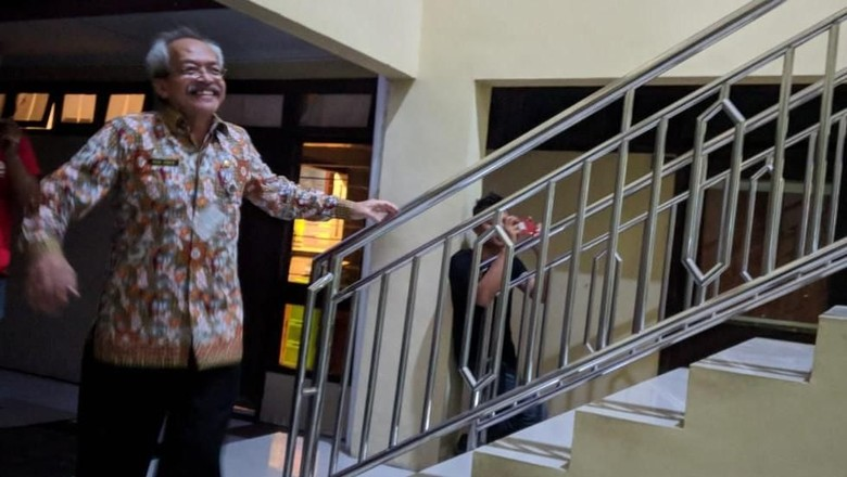 Diperiksa KPK, Sekda Mojokerto Dicecar soal Tunjangan Bupati Mustofa